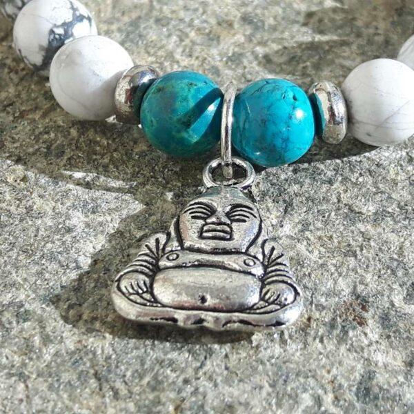 Bracelet apaisant howlite et turquoise - pendentif Bouddha - Omyoki
