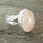 Bague quartz rose cabochon