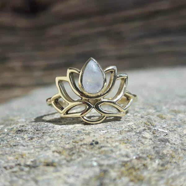 Bague fleur de lotus doré