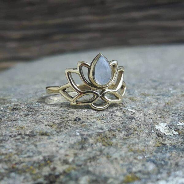 Bague fleur de lotus