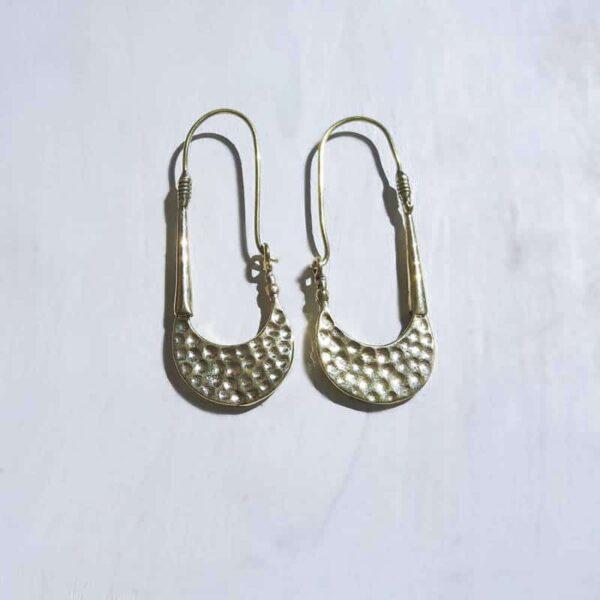 Boucles d'oreilles dorées pendantes