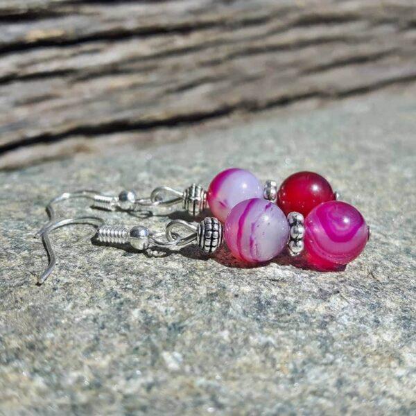 Boucles d'oreilles pendantes roses