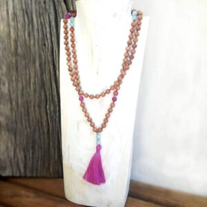 Aromatherapy necklace (sandalwood & hemimorphite)