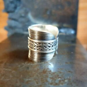 Hammered silver ring LÏN