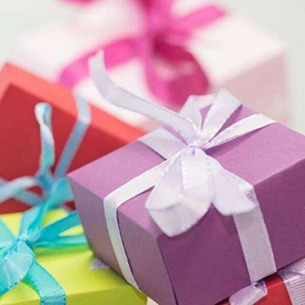 Paquet cadeau et boîte à bijou - Omyoki