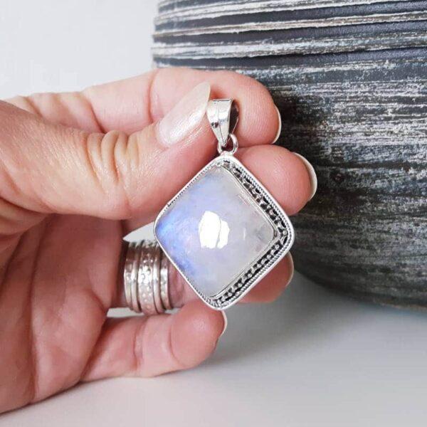 Pendentif pierre de lune ethnique losange