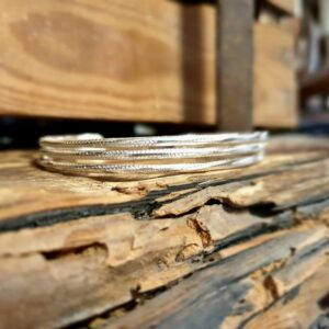 Fine stripe in striated silver