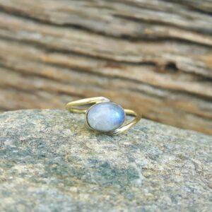 JANIS gold moonstone ring