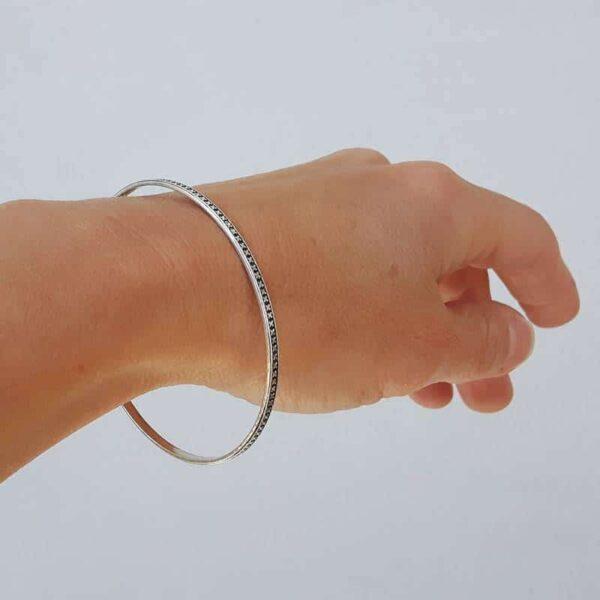 Bracelet jonc fermé argent