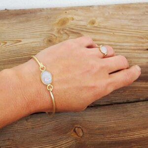 Bracelet jonc pierre de lune doré MIA