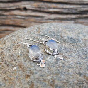 ucles d'oreilles ethniques en pierre de lune