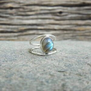 Blue labradorite fine ring