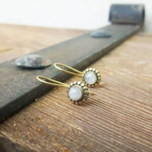 FLOWER moonstone earrings