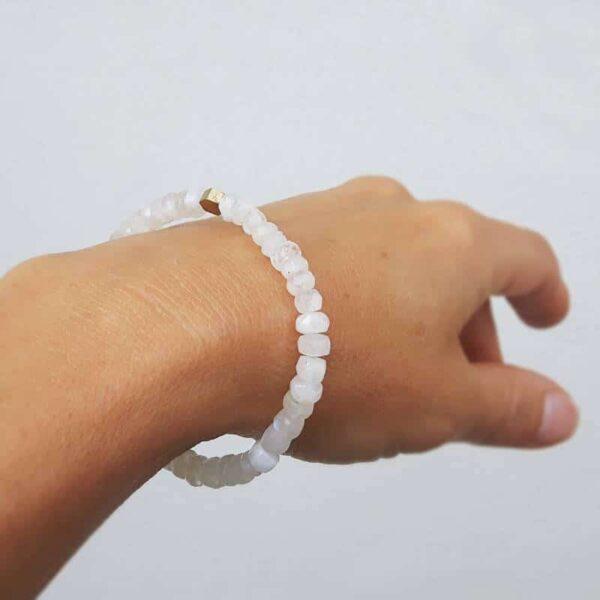 Bracelet doré pierre de lune EVA
