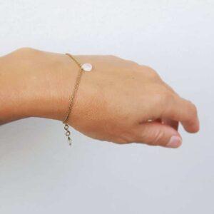Bracelet doré pierre de lune goutte