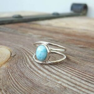 Fine ring in larimar