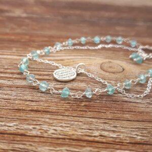 Bracelet fin en apatite bleue FLEUR DE VIE