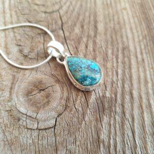Ciondolo in argento e blu con diaspro oceanico