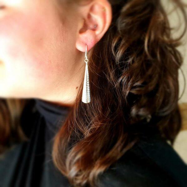 Boucles d'oreilles pendantes longues argent