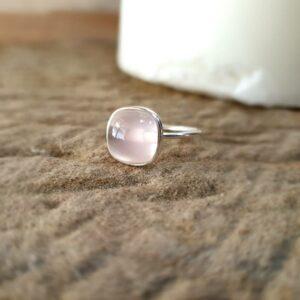 Bague fine en quartz rose MILO
