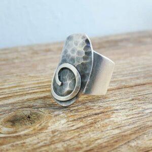 Adjustable hammered ring FEUILLET