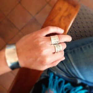 Gegraveerde zilveren verstelbare ring