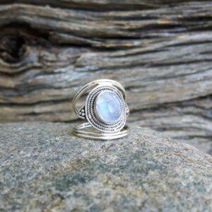 Bague ethnique pierre de lune