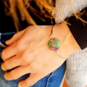 Bracelet jonc rubis zoïsite argent